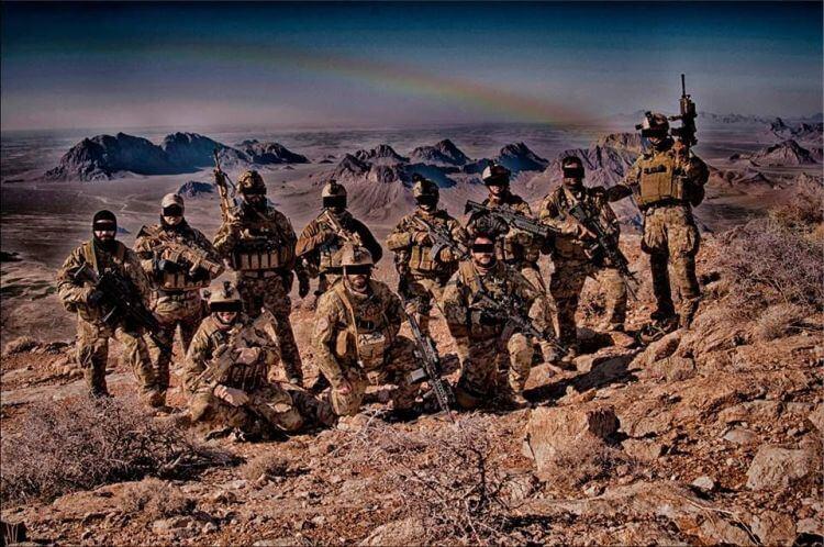 Addestramento 185° RRAO Reggimento Paracadutisti Ricognizione Acquisizione Obiettivi Folgore VIDEO