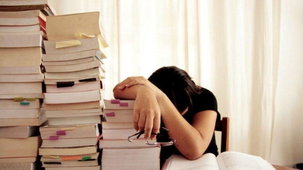 stress universitari crisi Genio in 21 giorni denuncia